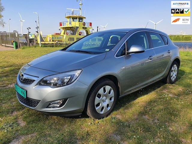 Opel Astra 1.4 Turbo Edition