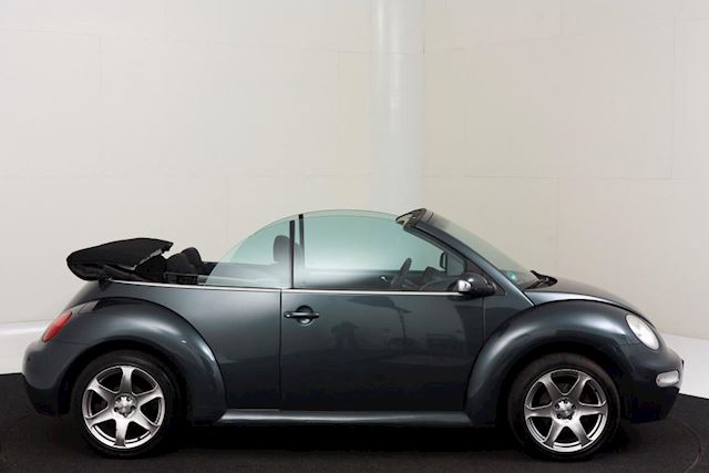 Volkswagen New Beetle cabrio 1.6 highline ,Youngtimer