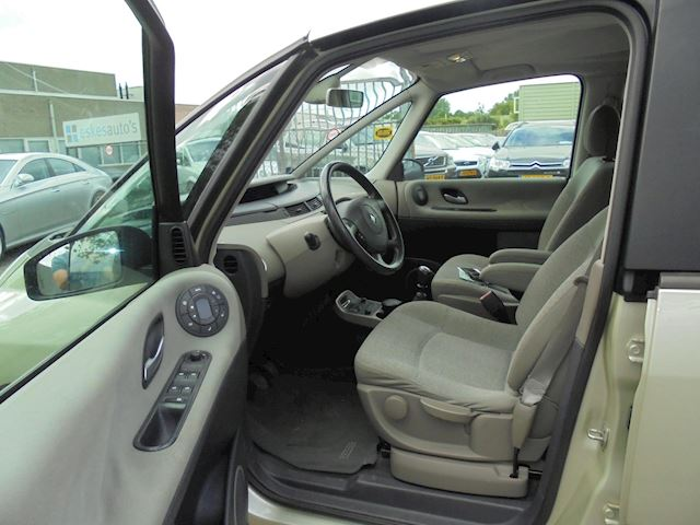Renault Espace 2.0 T Expression , 7 Persoons, NAP, APK 06-21