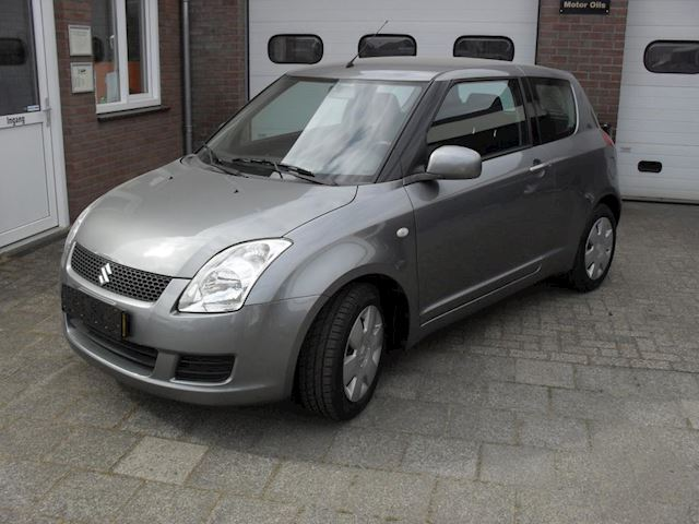 Suzuki Swift 1.3 Base inc airco, c.d.v. enz.