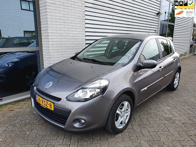 Renault Clio 1.5 dCi Collection Airco, Trekhaak, apk 06-2021 Nap
