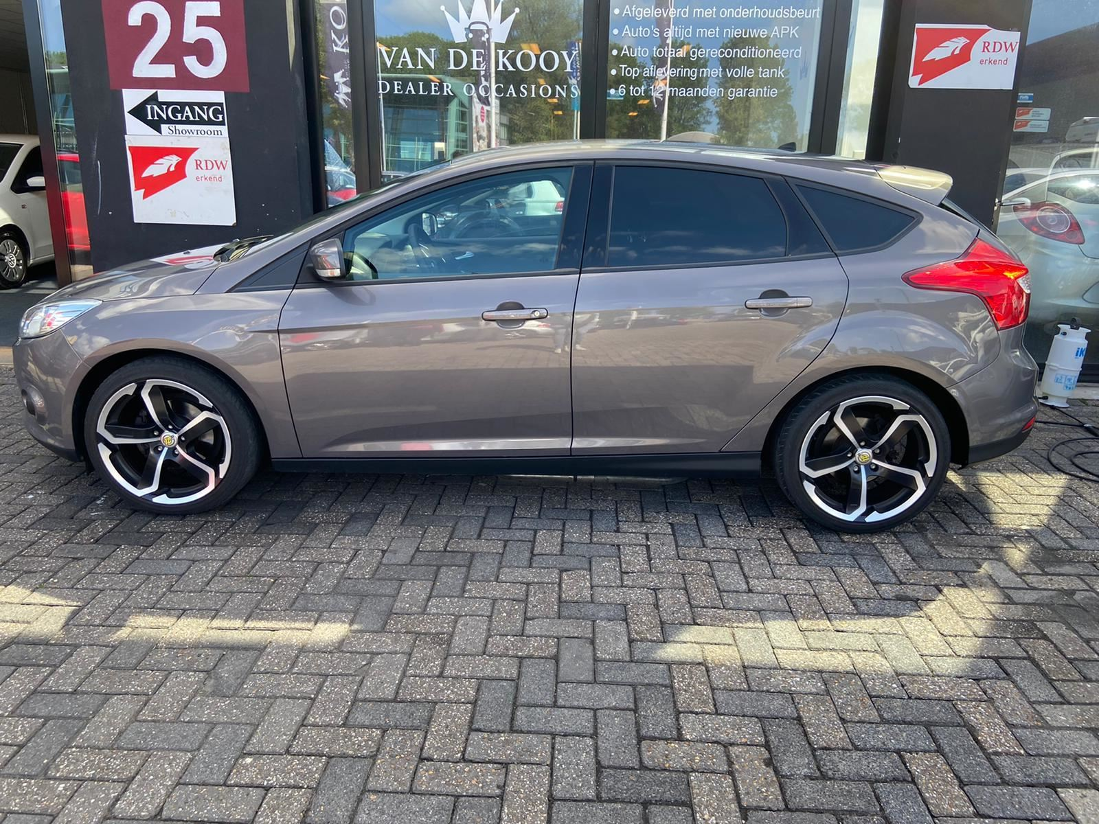 Ford Focus occasion - Van De Kooy Dealer Occasions
