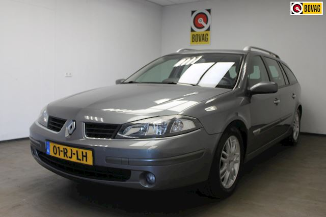 Renault Laguna Grand Tour 2.0-16V Privilège AIRCO/APK/CRUISE/TREKHAAK