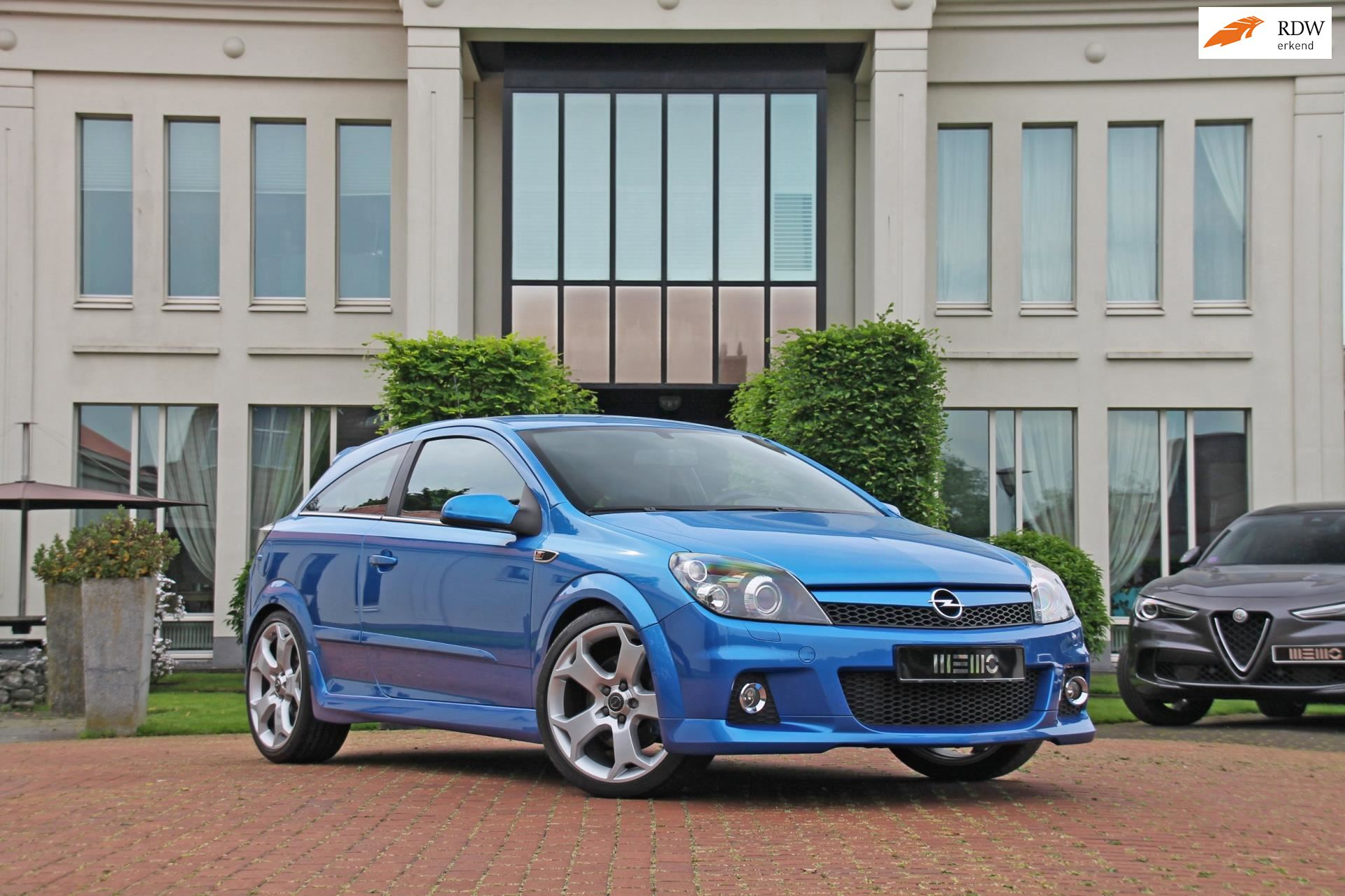 Opel Astra GTC occasion - Memo Performance