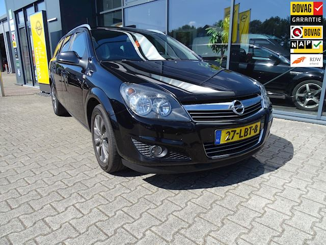 Opel Astra Wagon 1.6 111 years Edition met trekhaak