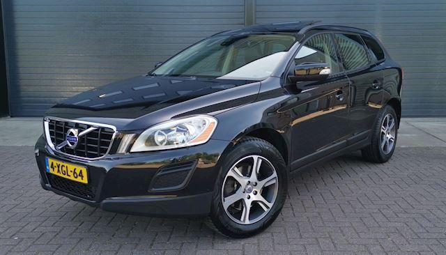 Volvo XC60 2.0 D3 Summum 2010 Zwart PANO*NAVI*NAP*NWE APK