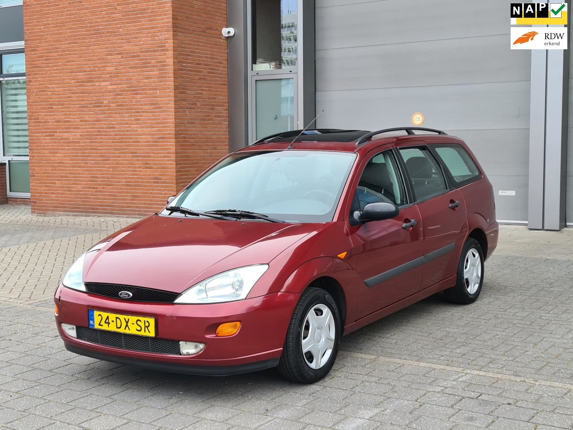 Ford Focus Wagon occasion - Staal Cars
