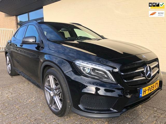 Mercedes-Benz GLA-klasse 180 AMG Night Edition Plus nieuwstaat,1e eigenaar