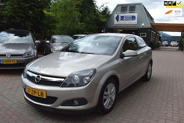 Opel Astra GTC 1.6 Cosmo AIRCO,LEER,XENON/NAVI,CRUISE,PDC,88511KM!,NETTE STAAT!