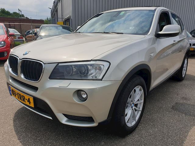 BMW X3 xDrive20i High Executive Automaat SportLeder Panodak Navi Nieuwstaat