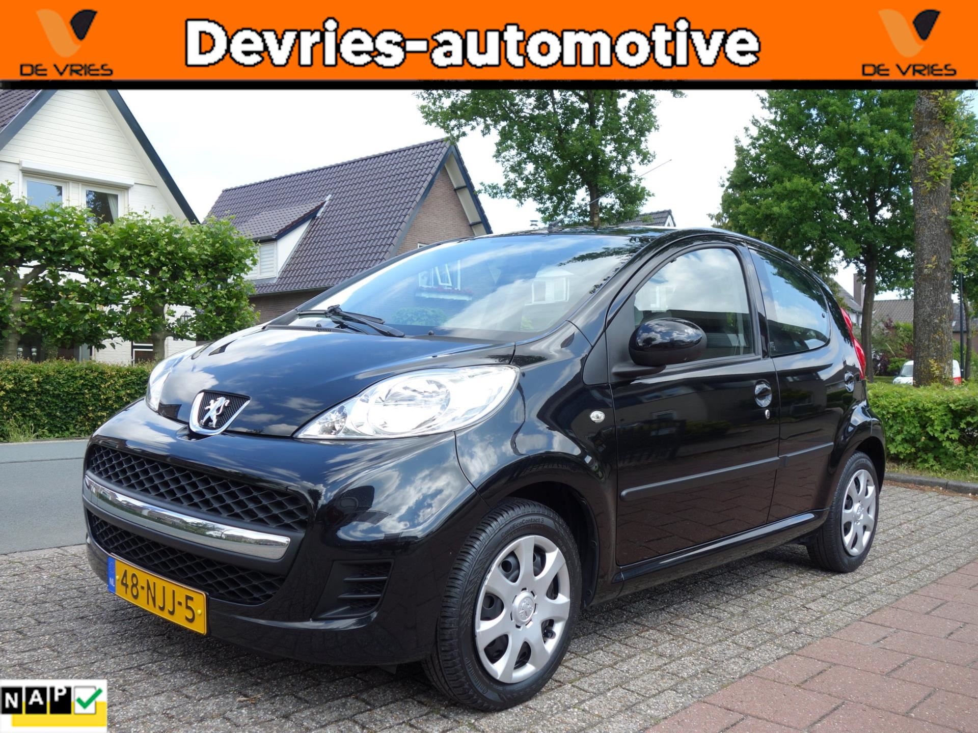 Peugeot 107 occasion - De Vries Automotive Apeldoorn