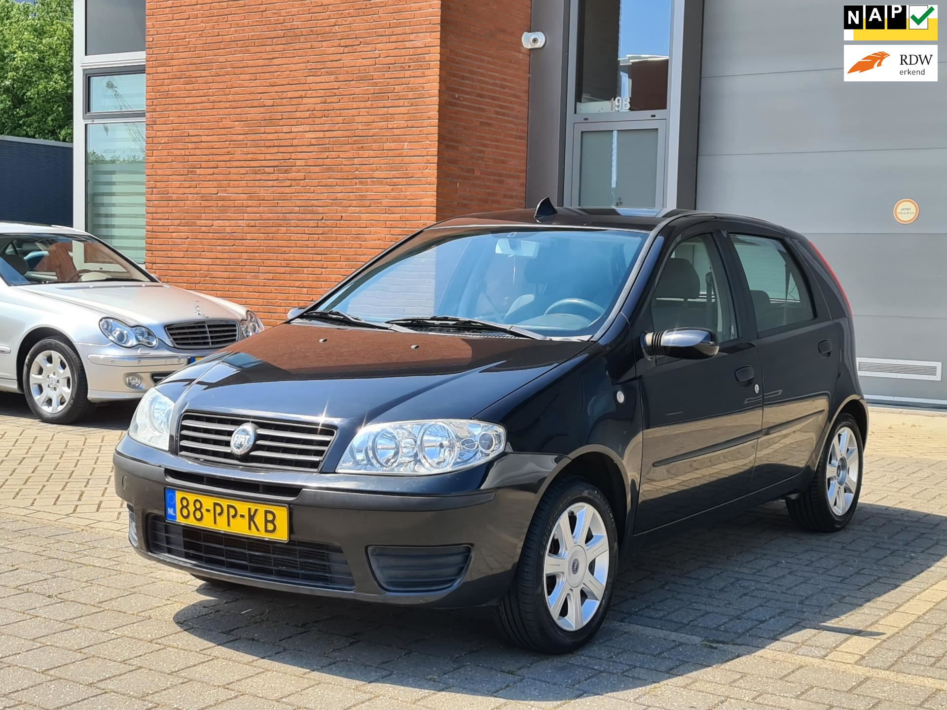 Fiat Punto occasion - Staal Cars