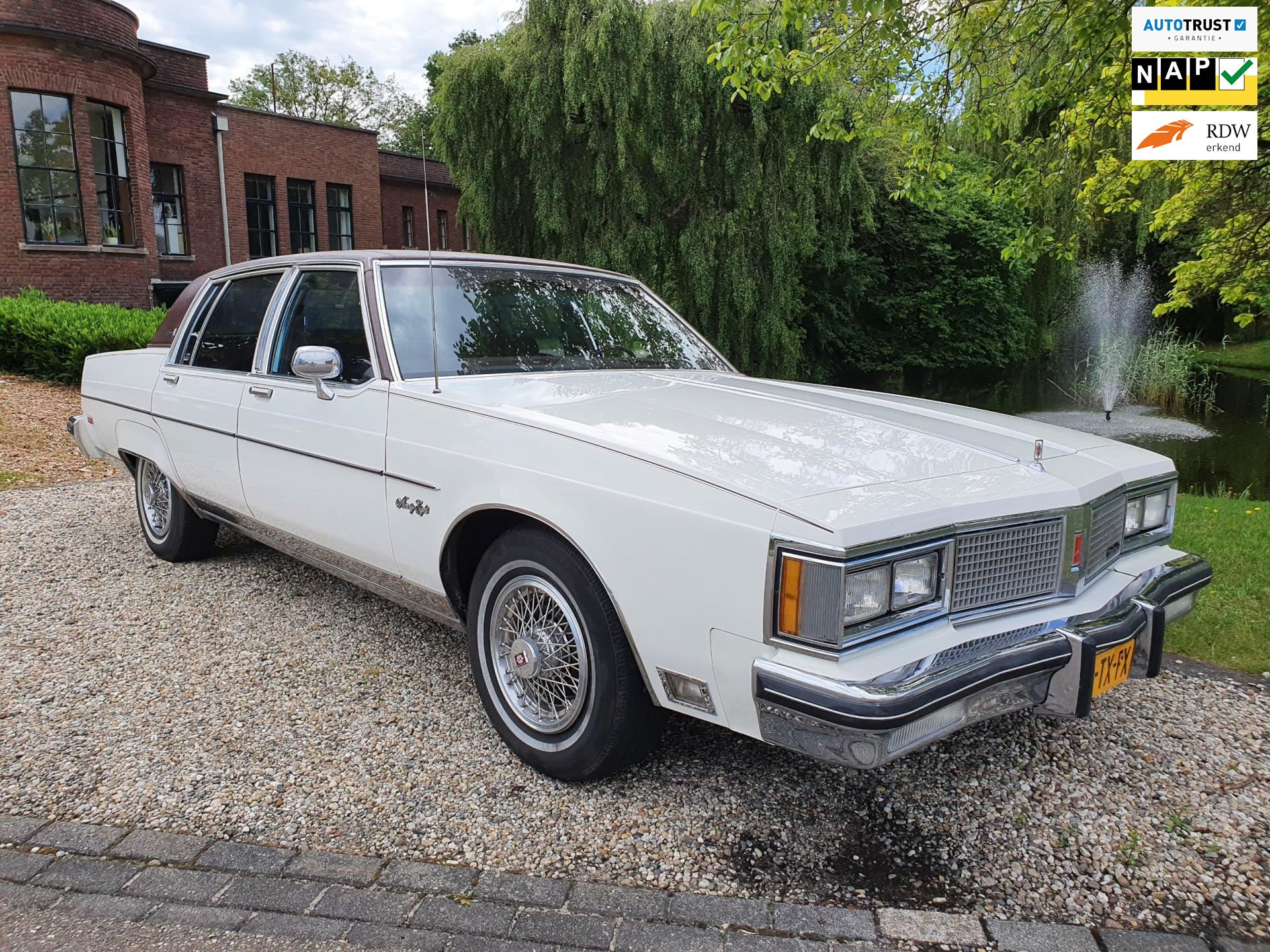 Oldsmobile NINETY EIGHT REGENCY occasion - Andreas Auto's