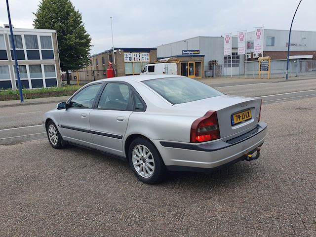 Volvo S80 2.4 D5 Dynamic YOUNGTIMER AUTOMAAT VOL OPTIES.