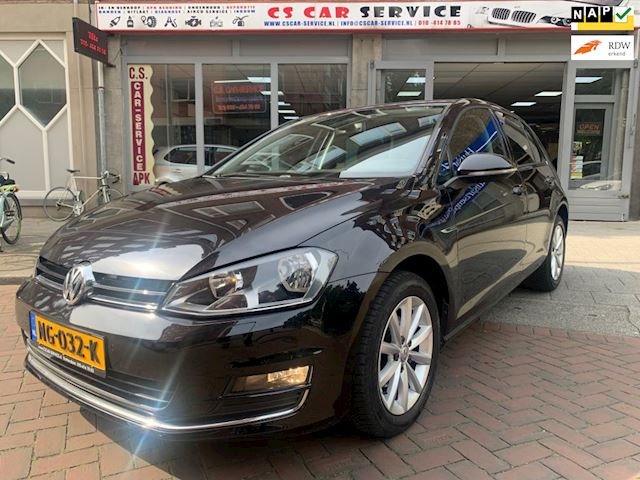 Volkswagen Golf 1.2 TSI Highline Lounge DSG 2016