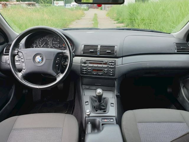 BMW 3-serie Touring 318d Executive APK 12-06-2021