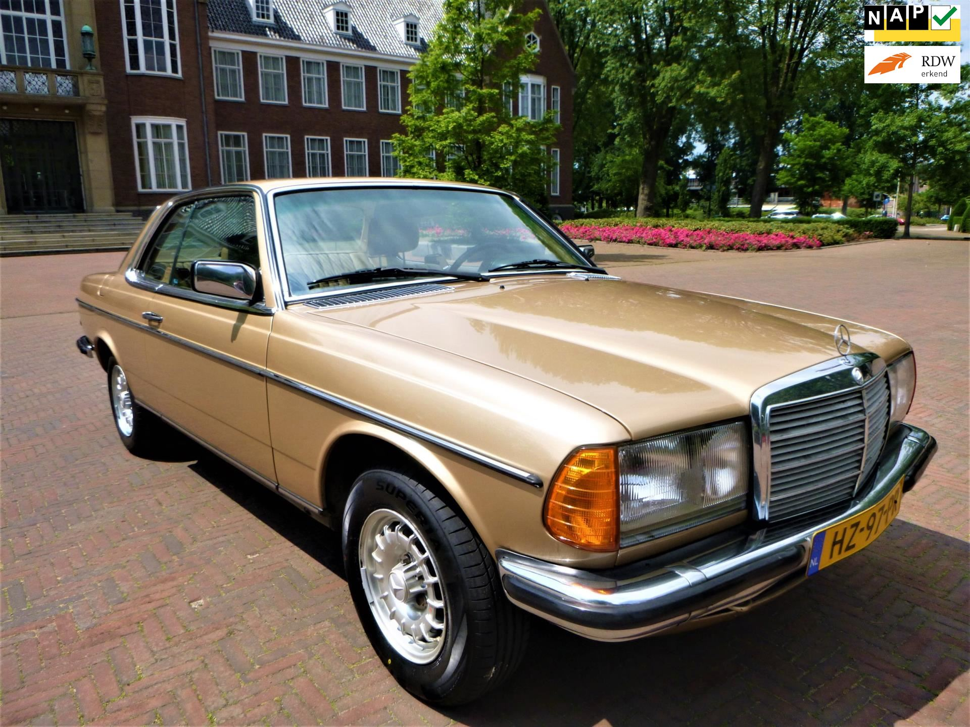 Mercedes-Benz 200-280 W123 occasion - C and D Auto's
