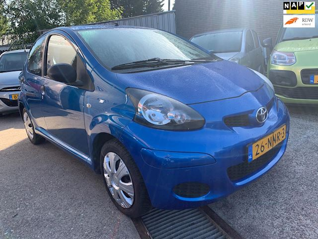 Toyota Aygo 1.0-12V Access 5 drs airco 2010