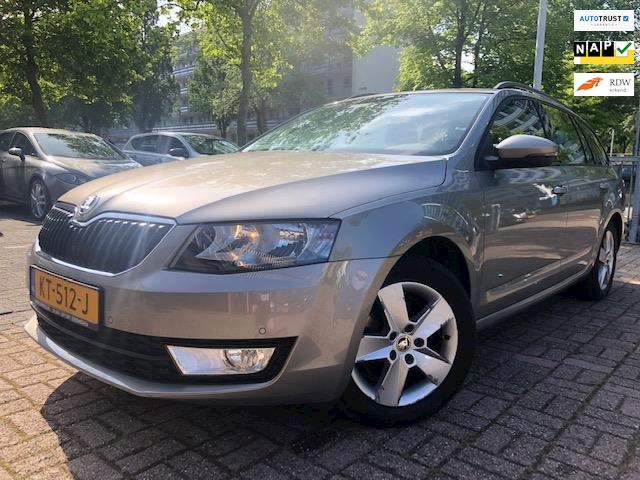 Skoda Octavia Combi 1.2 TSI Greentech Ambition Businessline Navi/Clima/Cruise/Trekhaak