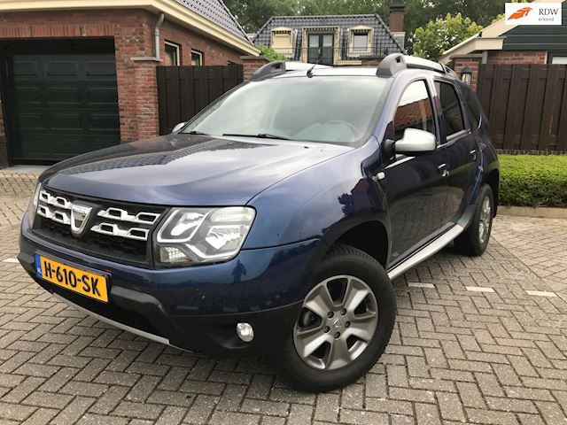 Dacia Duster 1.2 TCe 4x2 10th Anniversary NAVI TREKHAAK
