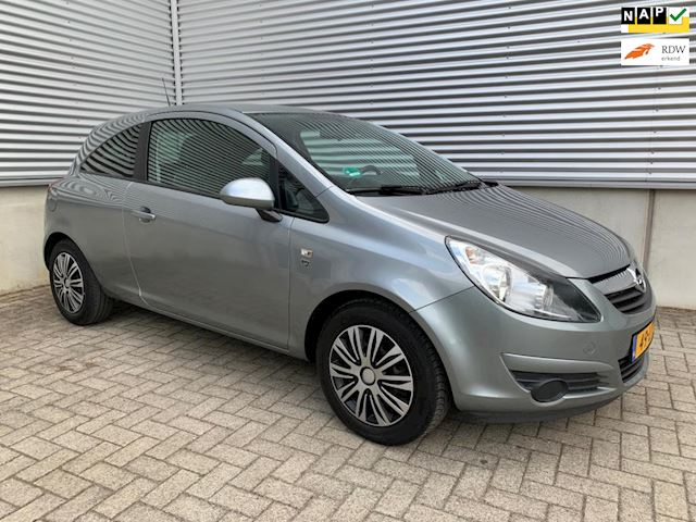 Opel Corsa 1.2-16V '111' Edition Automaat NW apk