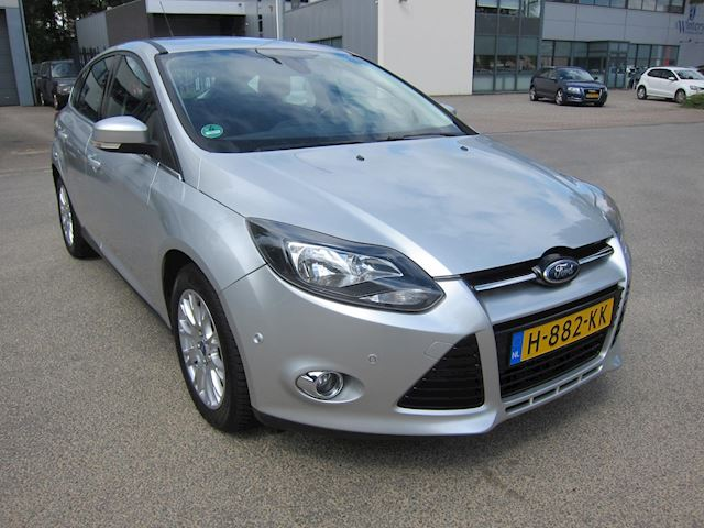 Ford Focus 1.6 EcoBoost Titanium CLIMA PDC PARK SYSTEM!!