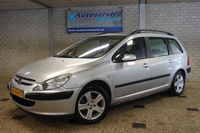 Peugeot 307 Break 2.0-16V XS automaat, cruise, ECC, Airco, Trekhaak