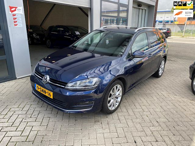 Volkswagen Golf Variant 1.6 TDI Highline Keyless-massage-mode knop-Groot scherm