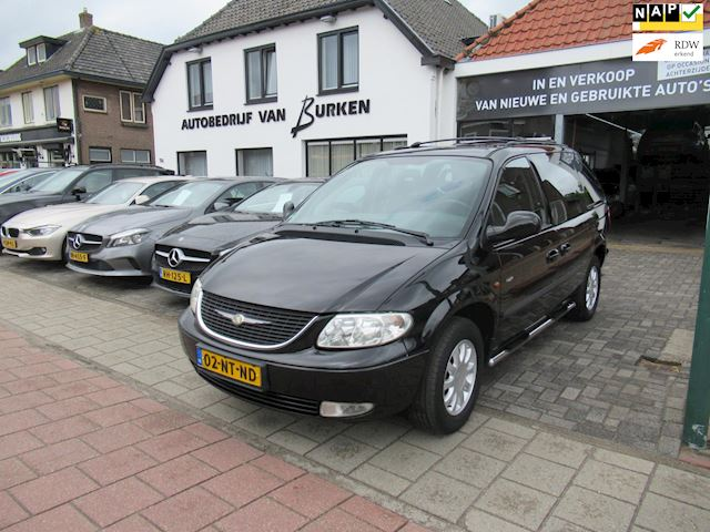 Chrysler Voyager 3.3i V6 SE Luxe Navigatie,Airco,Cruise control,Trekhaak.L.M.Velgen,Private glass.6 persoons