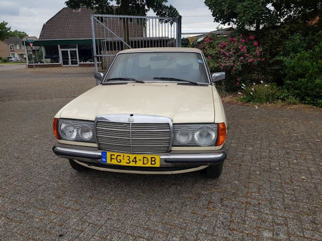 Mercedes-Benz 200-280 W123 occasion - Holland Auto's