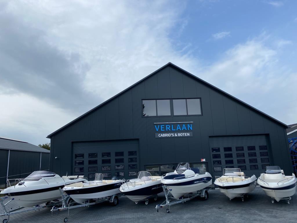 Nieuwe console boten op voorraad /Searider/ occasion - Verlaan Cabrio's en Boten