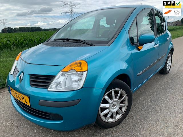 Renault Modus 1.4-16V Expression Luxe /120.000 nap