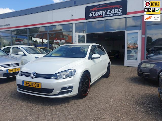 Volkswagen Golf 1.6 TDI Highline BlueMotion NAVi, PDC