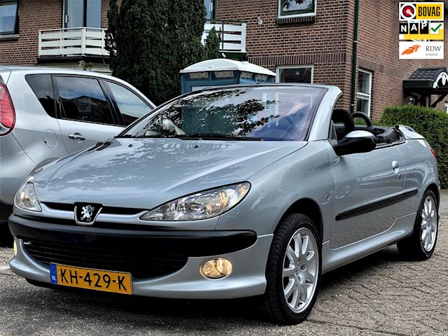 Peugeot 206 CC 2.0-16V Climate Lage Km Stand 110.466 N.A.P.