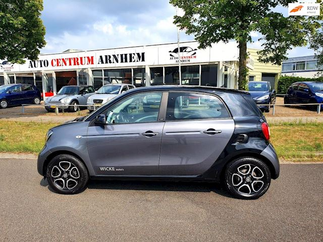 Smart Forfour 1.0 Prime Vol Opties! Navi airco leer enz