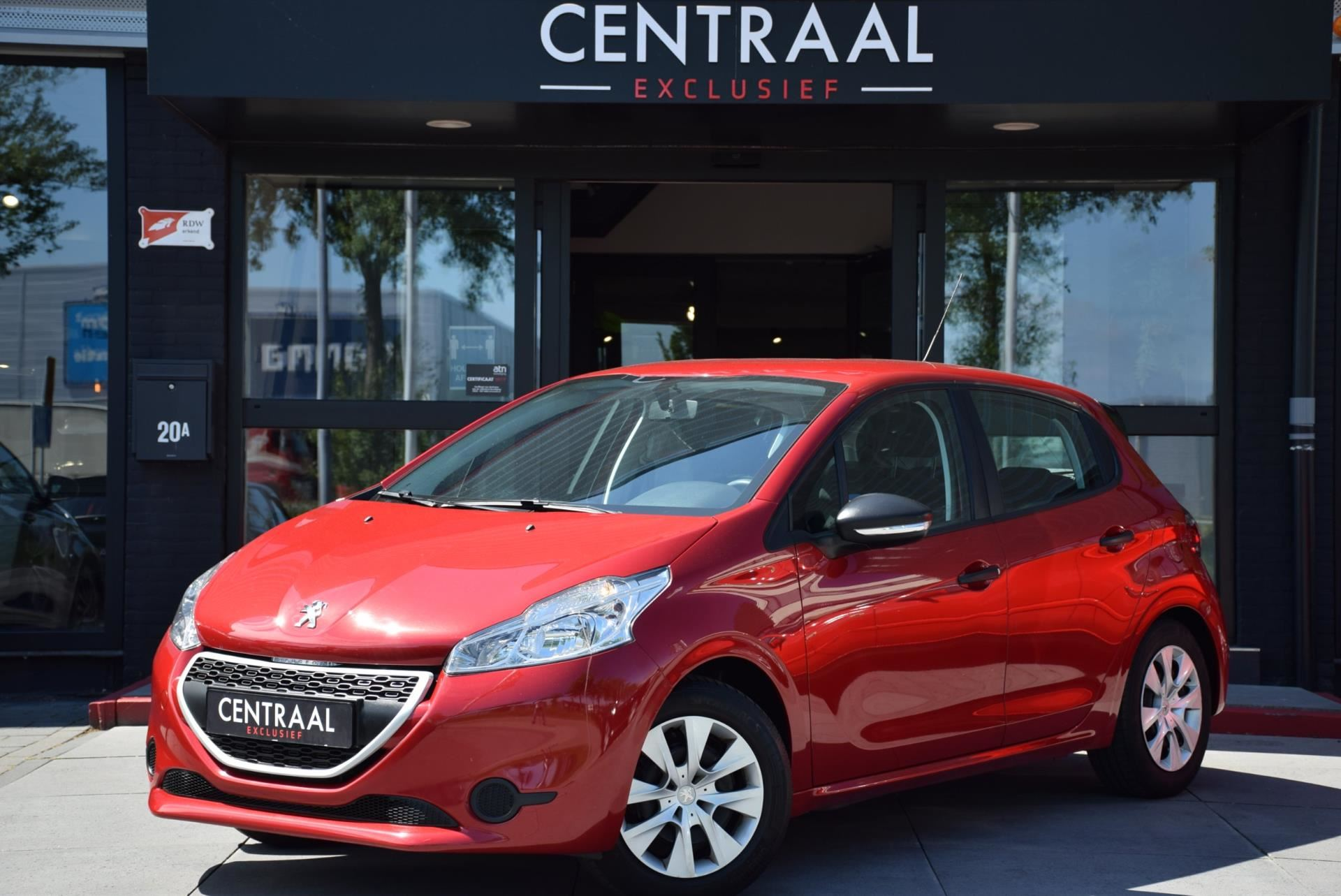 Peugeot 208 occasion - Centraal Exclusief B.V.