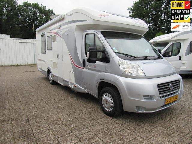 Chausson Semi integraal Queensbed  hefbed Airco bj 2012