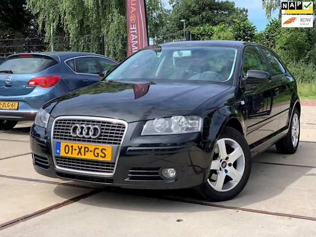 Audi A3 1.6 Attraction Pro Line VOL ONDERHOUD DISTSET V.V. LM VELGEN