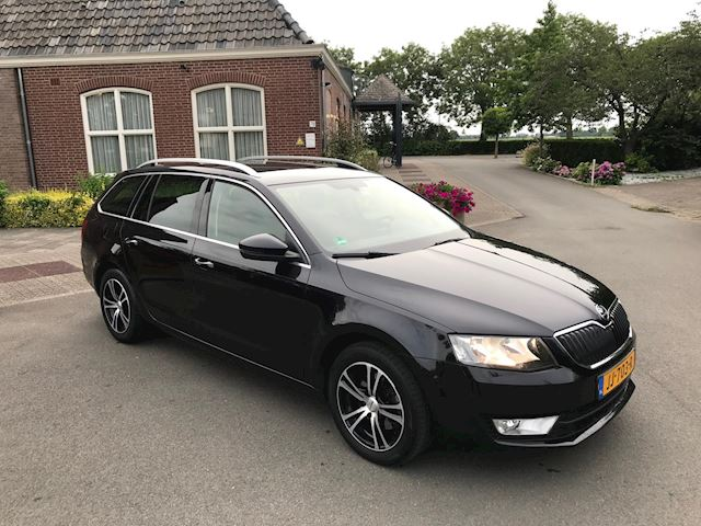 Skoda Octavia Combi 1.6 TDI Greenline Ambition Businessline