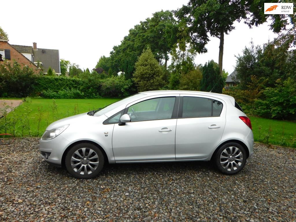 Opel Corsa occasion - Dave Mutsters Autoservice