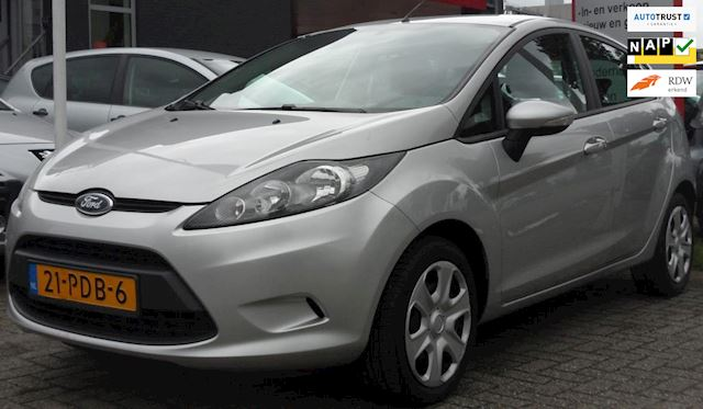 Ford Fiesta 1.25 Limited 5 Drs Airco PDC NIEUW APK