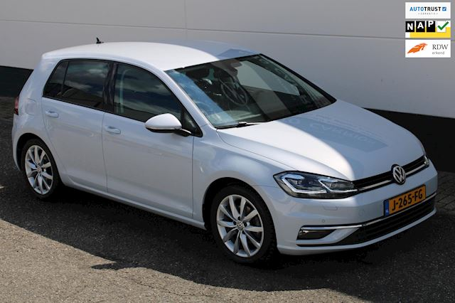 Volkswagen Golf 2.0 TDI Highline Navi Trekhaak Cruise Matrix!!