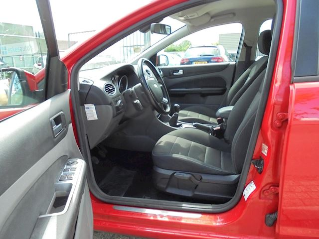 Ford Focus Wagon 1.6 TDCi Limited, APK 07-21, Nette auto