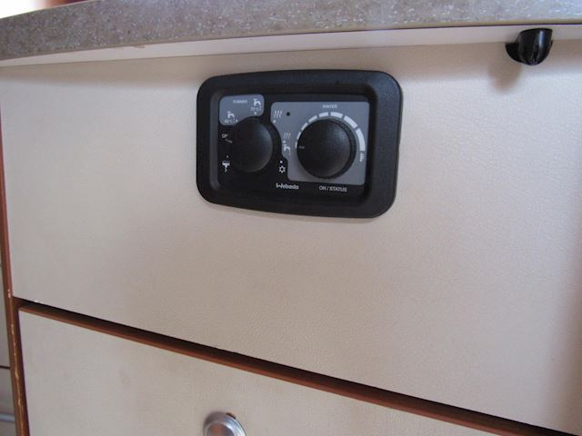 vChausson Welcome 78 Queensbed Airco Bj2011