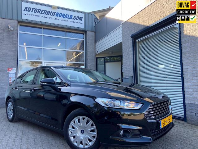 Ford Mondeo 1.5 Trend NL.Auto/Navigatie/Cruise/Pdc/Clima/Trekhaak