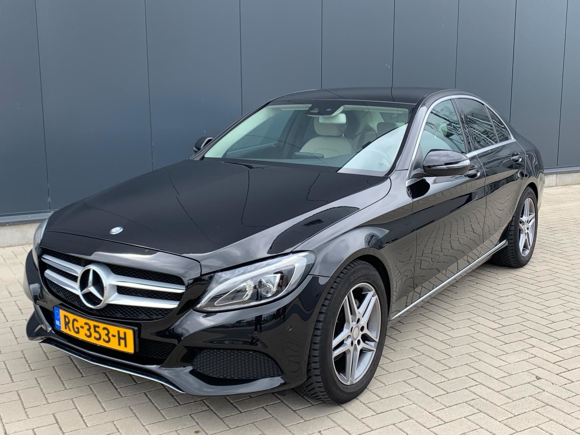 Mercedes-Benz C-klasse occasion - Dealer Outlet Cuijk b.v.