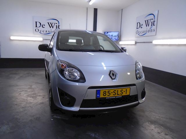 Renault Twingo 1.2-16V Collection uitv. incl. AIRCO.!! NWE APK/GARANTIE !!