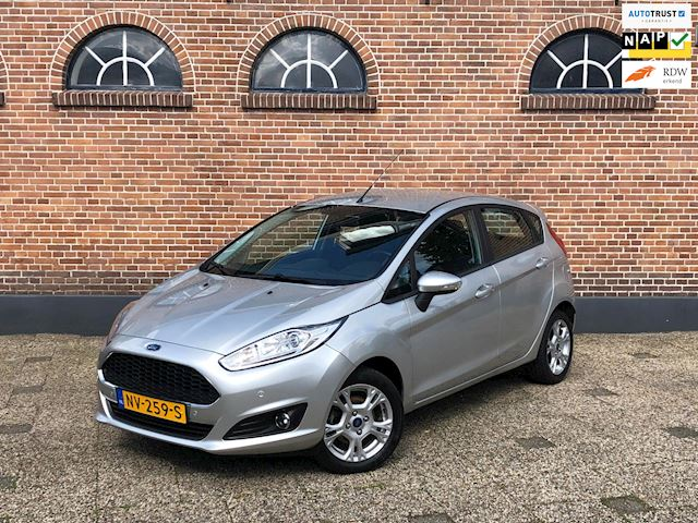 Ford Fiesta 1.0 Style Ultimate Navi Parktronic V+A Cruise Airco