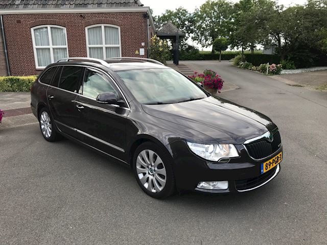 Skoda Superb Combi 1.6 TDI Greenline Ambition Business Line VOLL OPTIE !!!