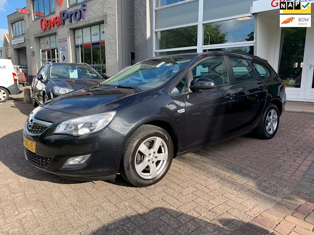 Opel Astra Sports Tourer 1.4 Turbo Edition, AUTOMAAT 2012